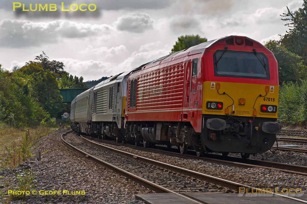 67010 & 67018, Princes Risborough, 1H38, 28th September 2014