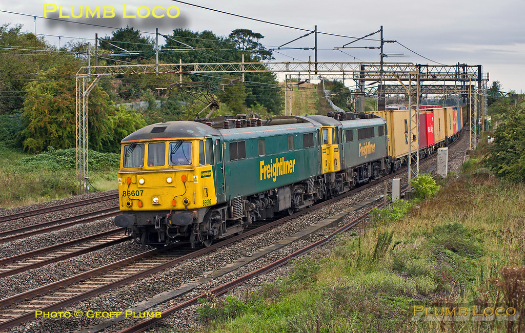 86607 & 86609, Old Linslade, 4L89, 3rd September 2015