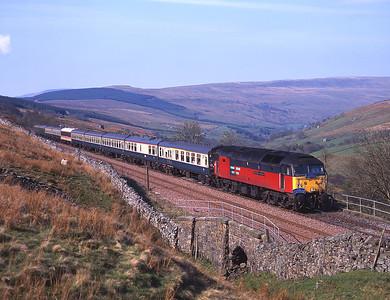 47725 nears Garsdale with a Hull-Edinburgh tour 1/5/00.