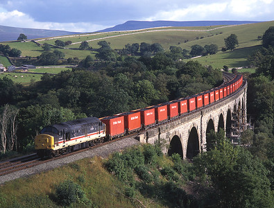 37426 crosses Smardale viaduct with the legendary 6M90 Saturday household coal train 21/9/96.