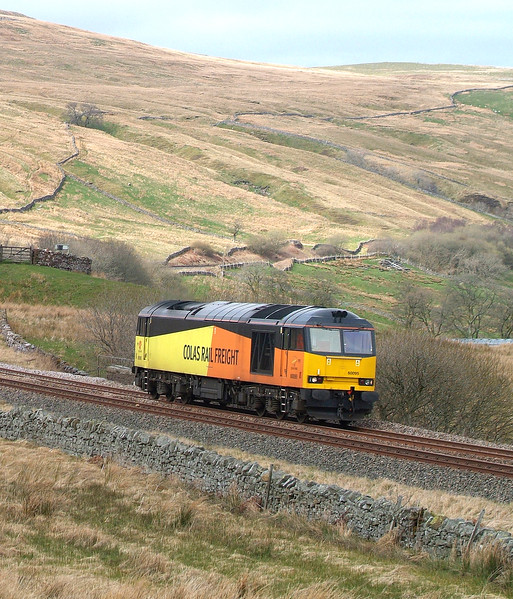60095 Ais Gill 6.4.2017 14.17hrs. L/E.  Possible driver route refresher following S&C re-opening at the end of March. Hopefully the next 60 we see will be on a full rake of logs from Carlisle-Chirk.