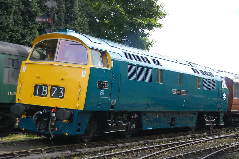D1062 Western Courier - Bridgnorth, Severn Valley Railway - 18 May 2017
