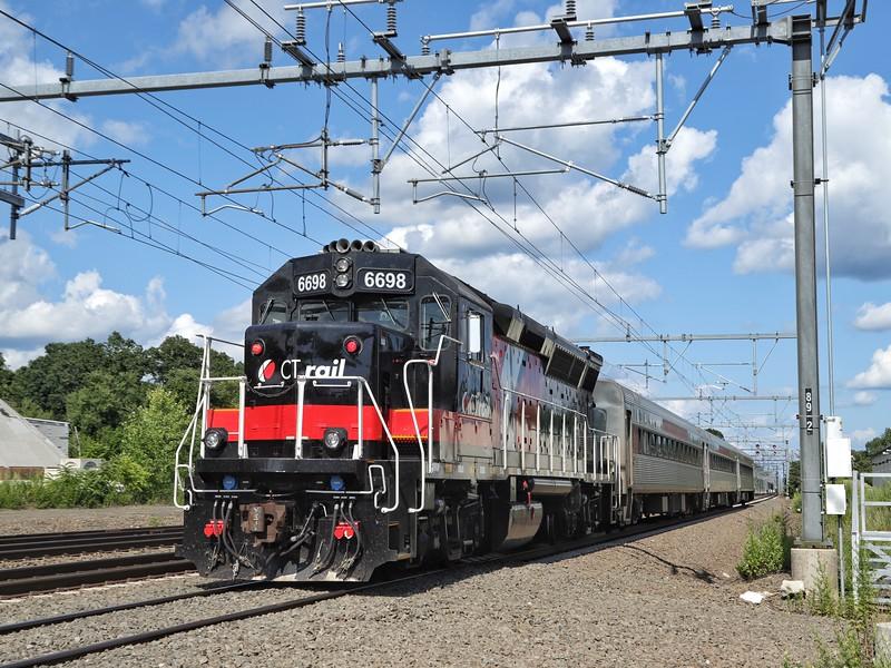 GP-38 6698 on SLE 1632