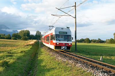 TEŽ EMU's 425 960 & 425 956 drop down grade towards Veľký Slavkov forming train 8131 17.13 Štrbské Pleso to Poprad-Tatry. Wednesday 6th September 2017.
