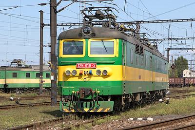 Broad gauge 125 819 & 125 820 Haniska Depot. 8th September 2017.