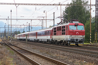 350 017 departs from Liptovský Mikuláš with an eastbound service for Kosice. Wednesday 6th September 2017.