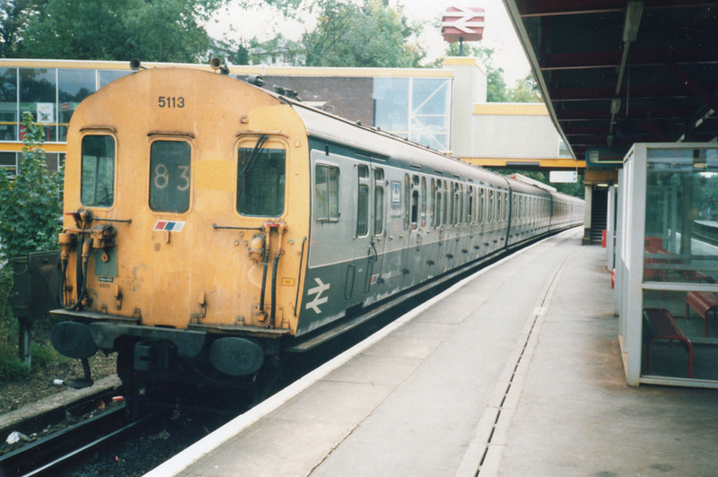 "The units I ""lived"" in during over 40 years commuting. 4 EPB 5113 at Sevenoaks with a Catford Loop service for Blackfriars on 09/10/90."