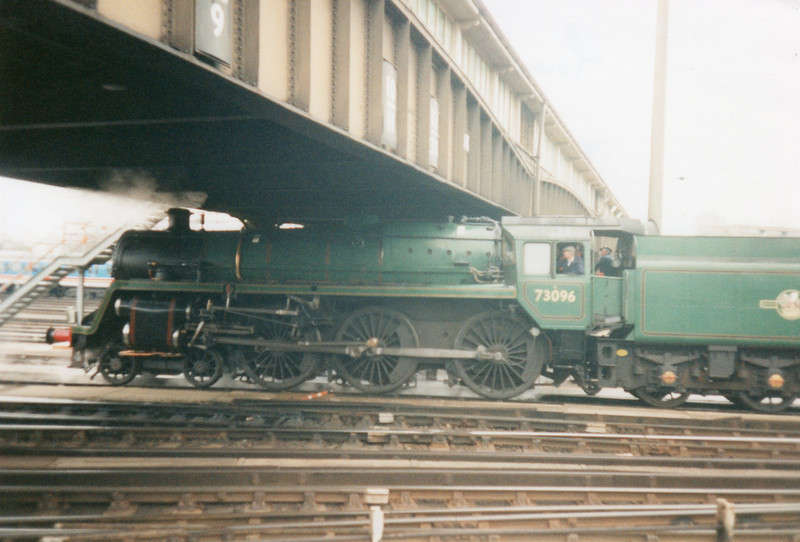 Mid Hants owned Standard 5MT 73096 at Clapham Yard on 27/01/98 on a route clearance trial trip.