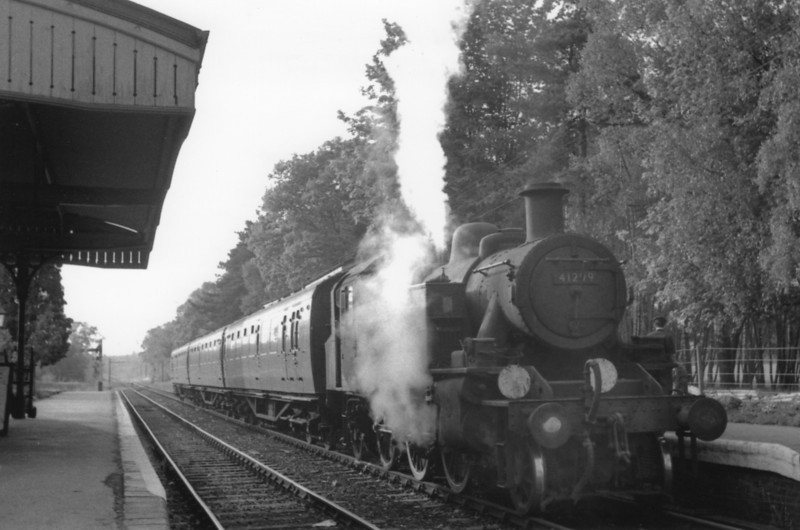 Baynards on 19/05/65 and Ivatt 41299 waits time with the 18 05 Guildford to Horsham service.