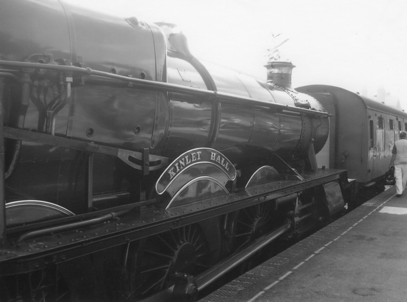 4936 Kinlet Hall, withdrawn from Cardiff in January 64, at Ropley in September 06.