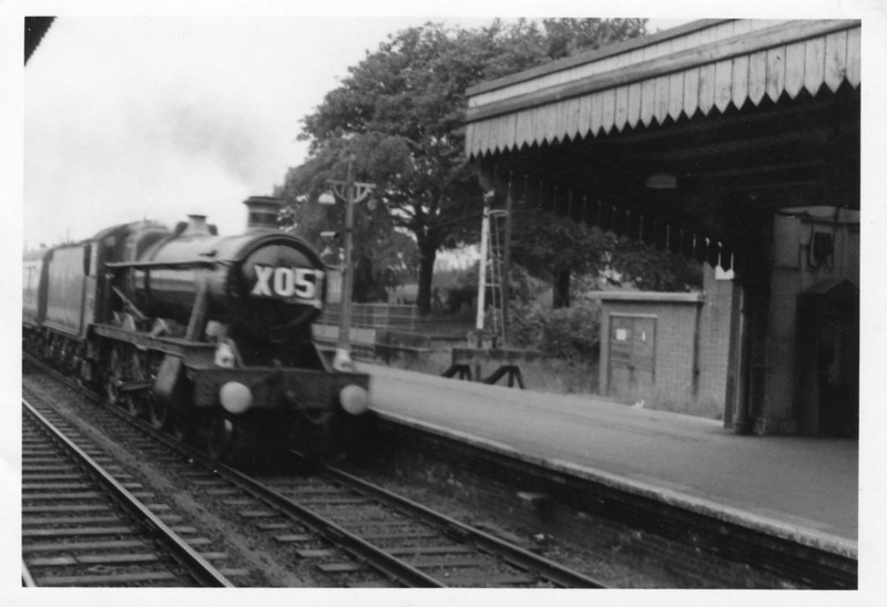 On 02/07/65 a very clean 6998 Burton Agnes Hall passes through Basingstoke on a return schools excursion from Southampton Docks to Southall - she also succumbing to the WR cull at the year end.