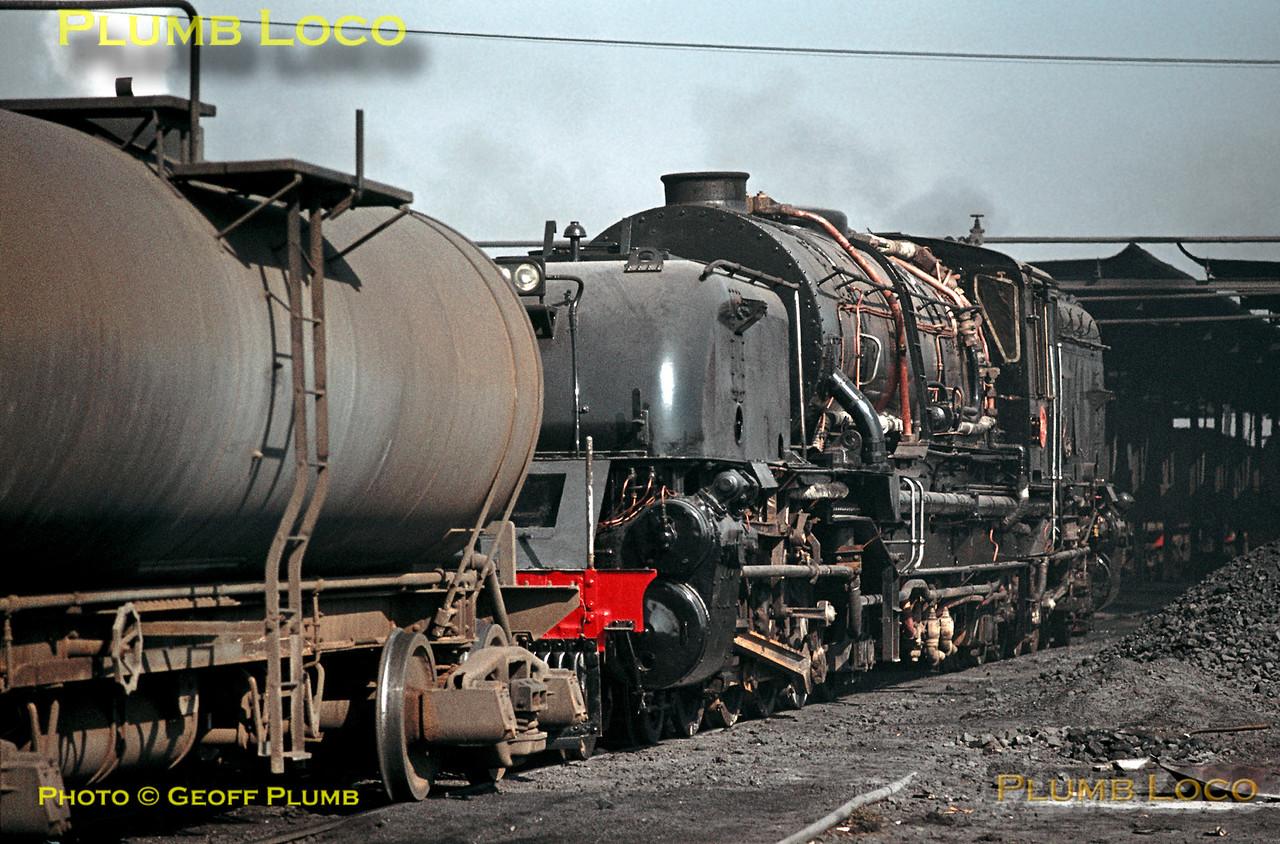 SAR GO Class Beyer-Garratt No. 2573,  Capital Park, 20th August 1972