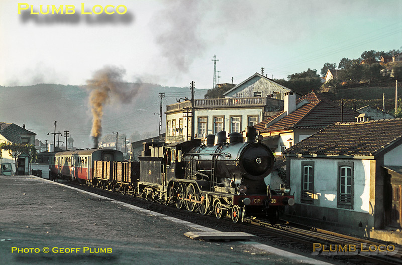 CP Henschel inside cylinder 4-6-0 No. 281 starts away from Régua with the 17:35 train to Barca d'Alva in the last rays of the setting sun on the afternoon of Tuesday 3rd November 1970. Slide No. 5736.