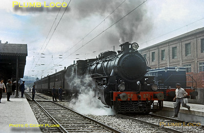 From the Geoff Plumb Collection of original slides. Alco 2-8-2 CP No. 871 waits impatiently at Pampilhosa with a northbound passenger train of wonderful old stock on Friday 8th May 1964. Photo by John F. Robinson. Collect Slide JFR29.
