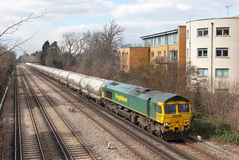 We were hoping for a class 70 on this working, but alas it was a shed. 66613 approaches Putney with the diverted 6L35 07.35 Earls-West Thurrock loaded cement working.29.3.13