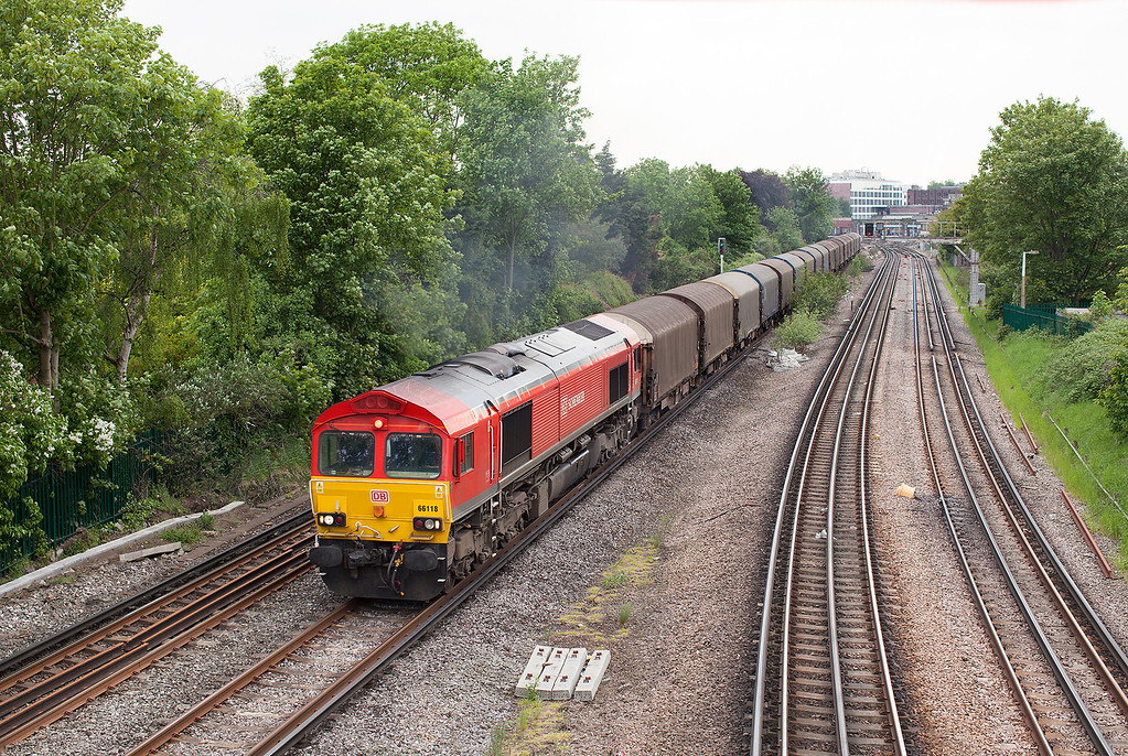 Not the most stunning picture or location, but other than the Mountfield 'Gypsum' and the Eastleigh-Hoo departmental, freight on the section of line between Feltham Junction-Barnes is fairly sparse so Sunday's steel train is worth recording.  66118 works hard as it ascends the gradient out of Richmond station with the Su 6O38 12.38 Margam-Dollands Moor loaded steel train. 19.5.13