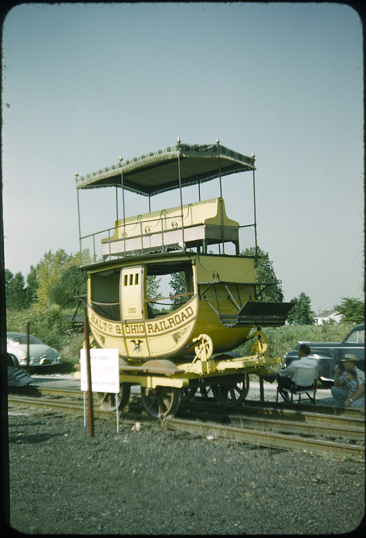 1953 photo<br /> Baltimore & Ohio <br /> Emlay coach (replica)