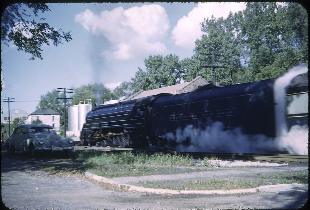 "1952 photo<br /> Baltimore & Ohio Railroad<br /> Sidney Ohio<br /> ""The Cincinnatian"" passenger train<br /> 4-6-2 Class P-7"