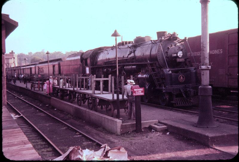 1956 photo<br /> Baltimore & Ohio Railroad<br /> Zanesville Ohio<br /> Last run Cincinnati to Pittsburg