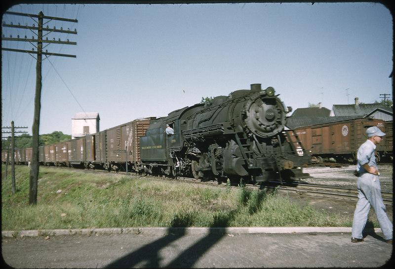 1952 photo<br /> Baltimore & Ohio Railroad<br /> Washington Courthouse, OH<br /> #2734 Class E27CA<br /> Built by Alco in 1910