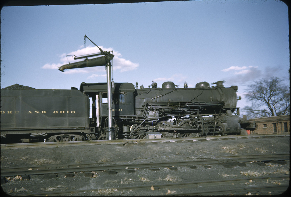 1952 photo<br /> Baltimore & Ohio Railroad<br /> Class E-27CA #2721 2-8-0 Alco built 1910