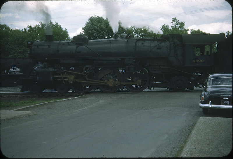 1954 photo<br /> Baltimore & Ohio Railroad<br /> Class P-7 Baldwin built 1927