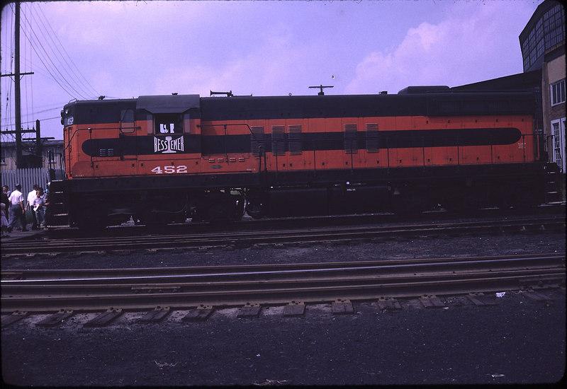 61-09-00-B&LE-GP7-diesel-07