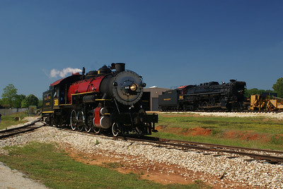 Texas State Railroad #300 and Texas & Pacific #610