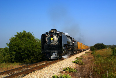Union Pacific #844 north of Bowie, TX.