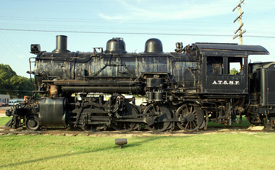 AT&SF #1951 in Pauls Valley, OK.