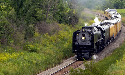 Union Pacific #844 north of Melcher, IA.
