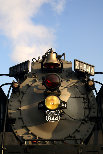 The obligatory head end shot of UP 844.