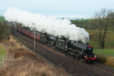 Black 5s 44871 & 45407 storm past Docker with a Manchester-Carlisle special 28/1/12.