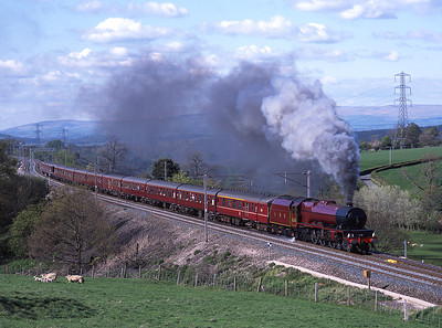 "6201 ""Princess Elizabeth"" storms past the gallery at Great Strickland with a Carlisle-Harrow trip 11/5/02."