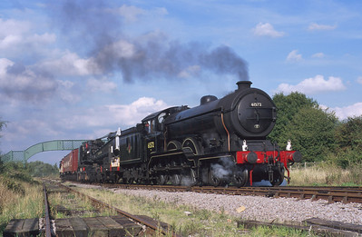 A photo charter finds sole surviving B12 class no. 61572 at Ruddington hauling a breakdown crane. 23/9/00