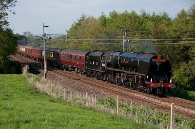 "6233 ""Duchess of Sutherland"" passes Hincaster with a Milton Keynes bound special 22/5/10."