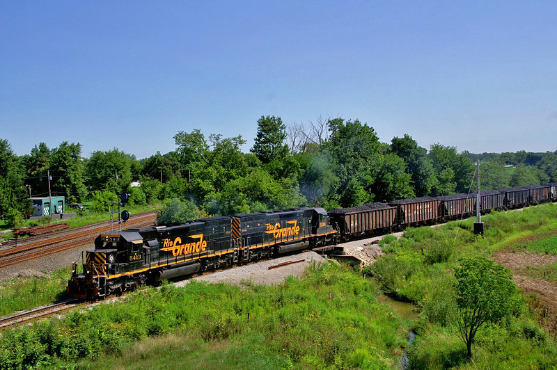 Rio Grande tunnel motors now roam the Ohio landscape seen here on the Wheeling & Lake Erie at New London, OH