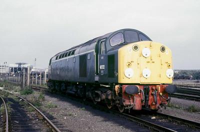 Class 40 No 40122 at Leeds Oil Terminal