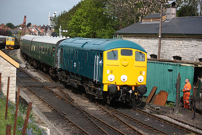 24081 arrives at Swanage with 0915 Norden - Swanage 9/5/14