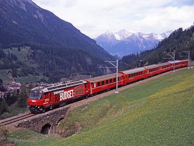 The 10.04 St.Moritz-Chur rolls down the hill towards Bergün behind 646 on 2/5/07.
