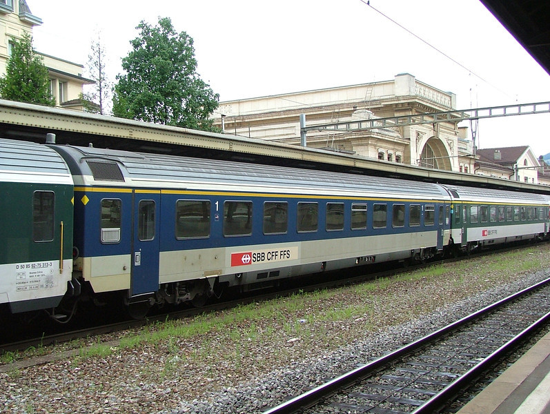 Fallen flag? Ex-BLS EWiv coach transferred to the SBB at Vevey.