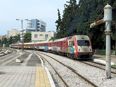 An AEG/LEW DE-IC2000N 5 car DMU 520 253 departs from Athens Larissa forming IC58 16.16 Athens to Thessaloniki. These 160 km/h  DMU's were built for the Athens to Thessalomiki high speed service. Wednesday 7th June 2017.