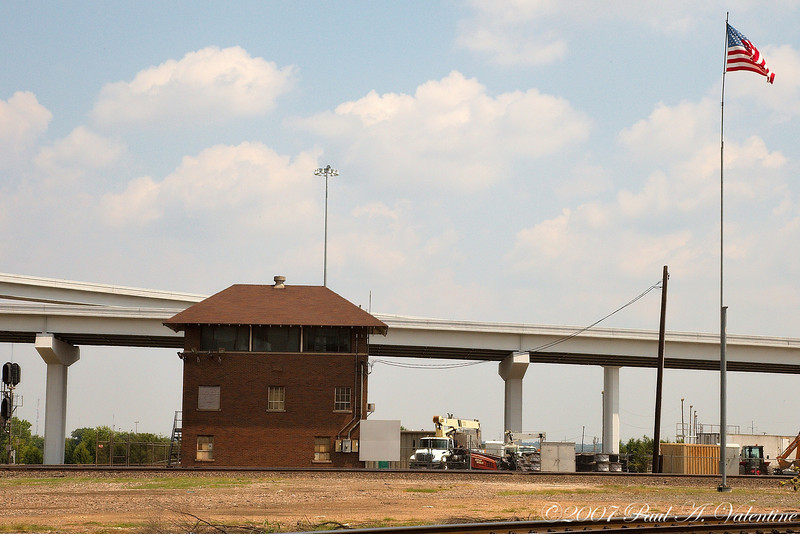 Texas Trains and Amtrak 08-30-07Texas Trains, AmTrak, and Tower 55. 08-30-07  Tower 55, Ft Worth, Texas  08-30-07