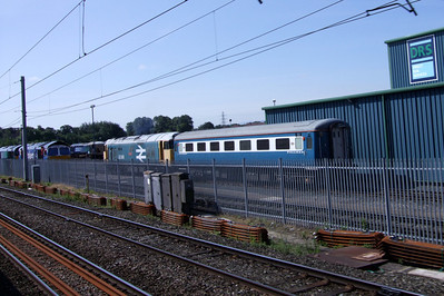 50049 Defiance and an ex-Blue Pullman mk. 2F TSO at Kingmoor, 11/07/09.