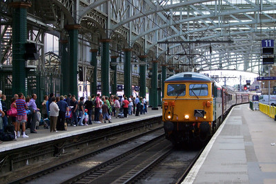 87002 arrives at Glasgow Central from Ayr, 11/07/09.