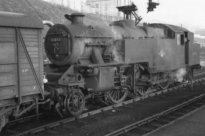 Its 06 30 on 13/05/66 and Manningham allocated Fairburn 42072 is on van shunting duties at Bradford Forster Square. She was to transfer to Low Moor - being withdrawn at the cessation of NER steam in October 67.