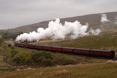 46115 climbs through Blea Moor.