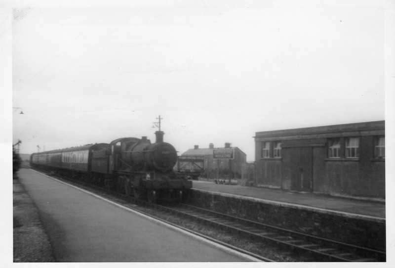 In the August of 63 I holidayed with my parents and brother at Woolacombe - but showing my increasing independence (at the age of 16) I travelled to and from there by train.On my returning journey, whilst waiting for the London train, Taunton allocated ex GWR 2-6-0 7337 was captured arriving at Morthoe with the 06 20 Taunton to Ilfracombe - she was withdrawn at Swindon in September 64. Poor quality shot from a Brownie 127 camera!