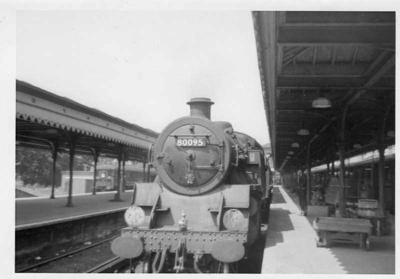 Guildford allocated Standard 4MT 80095 at Reading 9Southern) in July 63 with a Redhill line service. I have no documentation as to what I was doing there that day - 80095 going on to Nine Elms being withdrawn in October 66.