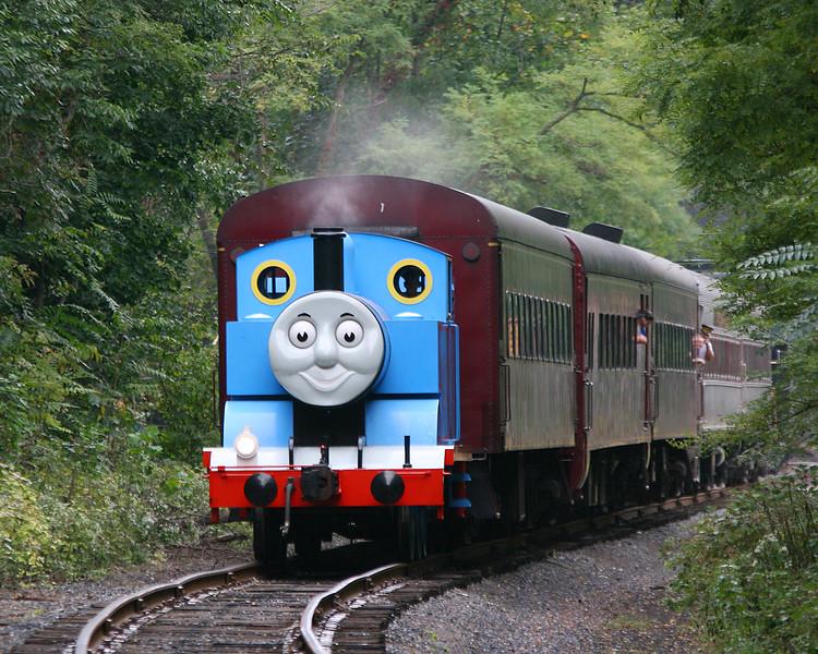 Thomas the Tank Engine pulling passengers towards Cumberland, MD